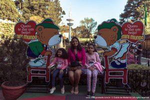 Crianças no Mini Mundo - Gramado/RS