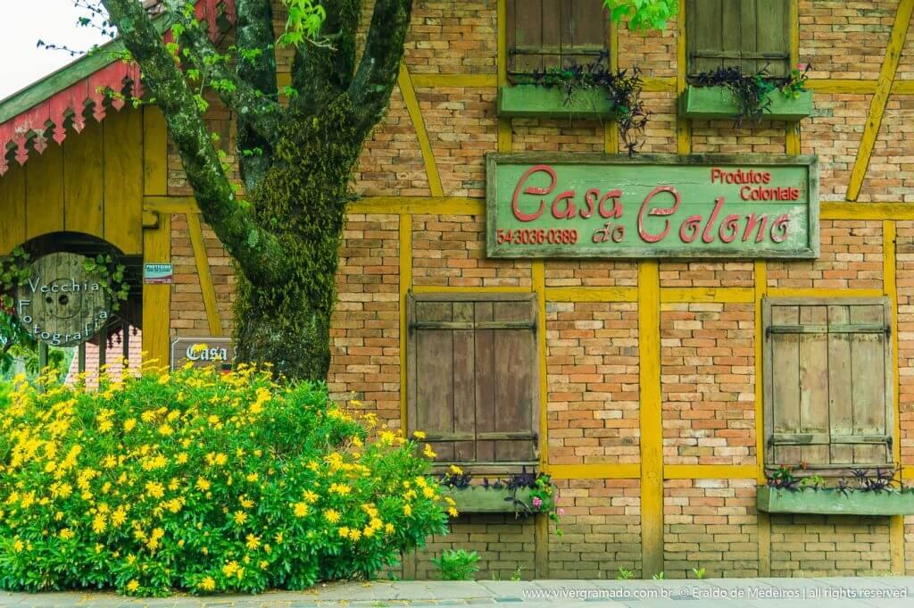 Casa do Colono na Praça das Etnias